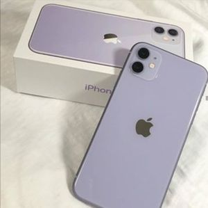 Unlocked iPhone 11 purple 64gb for Sale in Opa-locka, FL