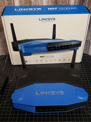 Linksys WRT1200AC Dual Band Gigabyte Wi-Fi Router for Sale in Delran, NJ