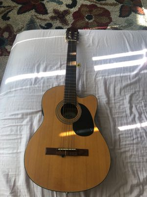 Guitar for Sale in Seattle, WA