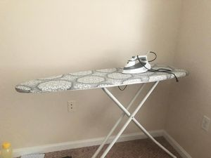Iron board excellent condition for Sale in Dunlap, IL