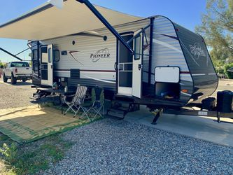 2018 Heartland Pioneer 250RL Travel Trailer for Sale in Agua Dulce,  CA