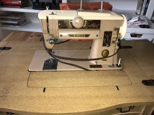 Singer Vintage Sewing Machine plus Sewing Table for Sale in Aurora, IL