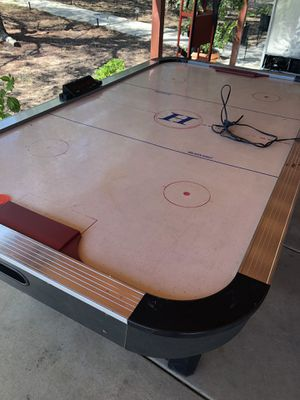 Air hockey table for Sale in Perris, CA