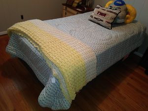 Very nice & clean twin bed for sale for Sale in St. Louis, MO