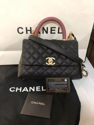 Chanel bag for Sale in HUNTINGTN STA, NY