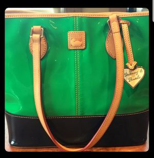 Dooney and Bourke Large Shopper for Sale in Leavenworth, WA
