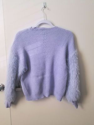 Sweater for Sale in Kissimmee, FL