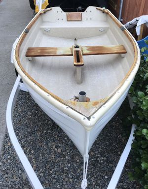 Rowboat and trailer for Sale in undefined