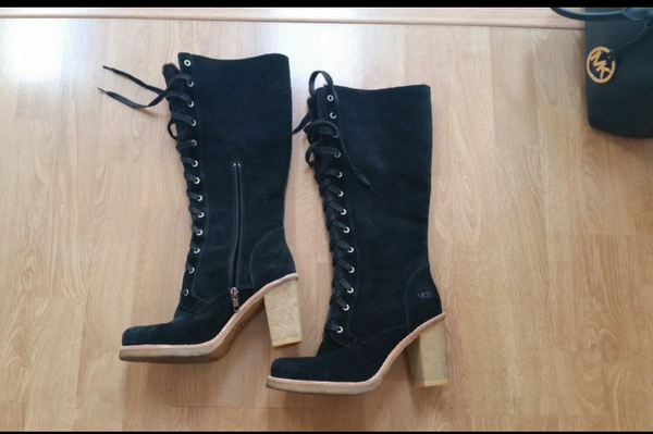 Ugg boots 8.5