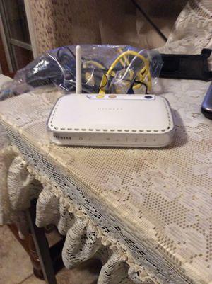 Net gear wireless do you router WGR 614 v9 for Sale in Laredo, TX