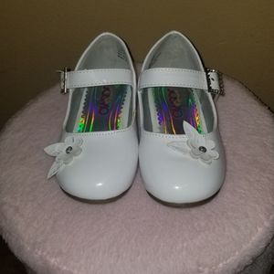 White Flower Dress Shoes for Sale in Huntington Station, NY
