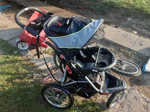 Baby stroller for Sale in South Bend, IN