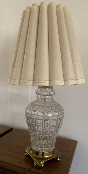 Mid Century Antique Crystal Lamp for Sale in San Fernando, CA