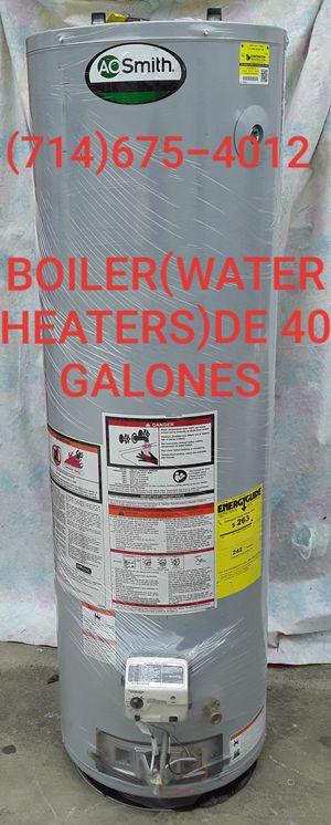BOILER(WATER HEATERS)DE 40 GALONES USADO DE LA MARCA AO SMITH!!!!!!!! for Sale in Santa Ana, CA