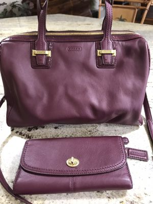 Coach Burgundy Leather Purse and Wallet for Sale in Venice, FL