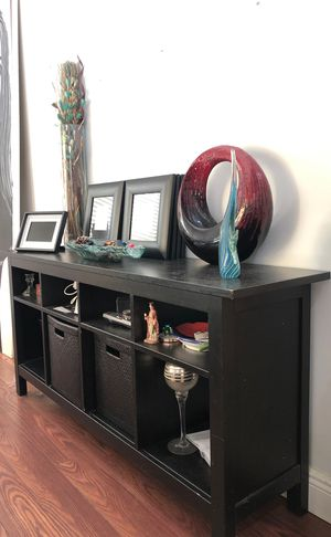 Dining console table for Sale in Miami, FL