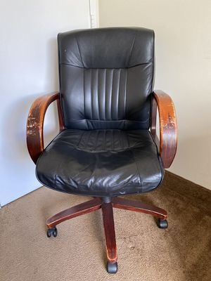 Office Chair for Sale in Springfield Township, NJ