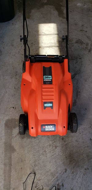 36V Black and Decker Cordless Lawn mower for Sale in Saint Charles, MD