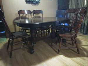 Solid wood dark walnut color for Sale in Mission, TX