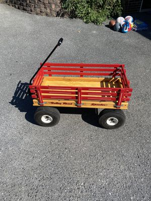 Amish made wagon like new for Sale in Lancaster, PA