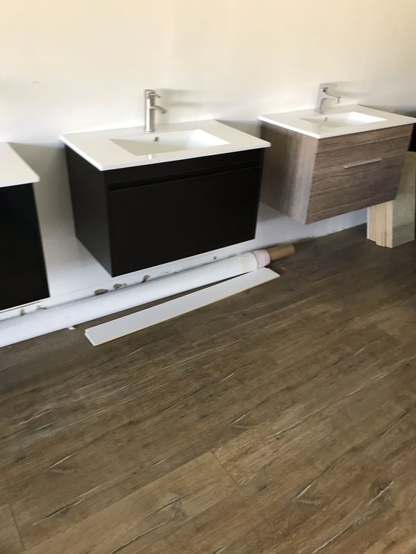 Bathroom vanity for Sale in Jacksonville, FL - OfferUp