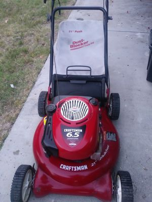 Craftsman push lawn mower works great for Sale in Colton, CA
