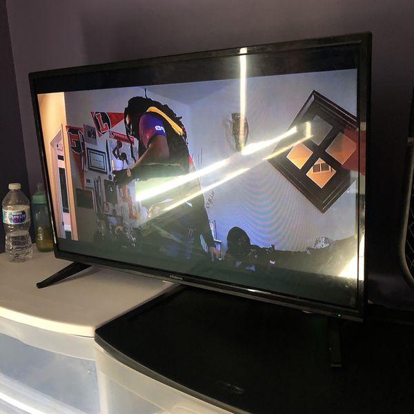 Polaroid TV + Amazon Firestick