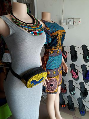 African leather waist bag for Sale in Baltimore, MD