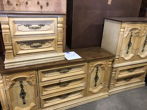 Dresser set for Sale in St. Louis, MO
