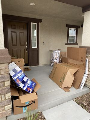 Free boxes for Sale in Winchester, CA
