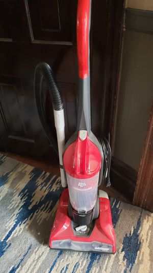 Dirt devil vacuum for Sale in Homestead, PA