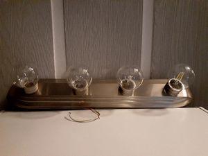 Bathroom Light fixture Nickel Finish for Sale in St. Petersburg, FL
