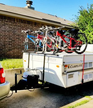 PRORAC 4 BICYCLE BIKE RACK FOR POPUP CAMPER AND TRAILERS. IN EXCELLENT CONDITION! RETAILS FOR $500-$700 for Sale in Grapevine, TX