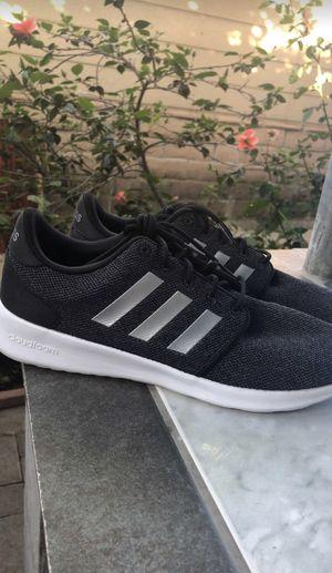 Adidas women shoes for Sale in San Fernando, CA