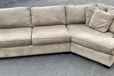 American made Sectional with Cuddle Corner, Free Delivery for Sale in Columbus,  OH