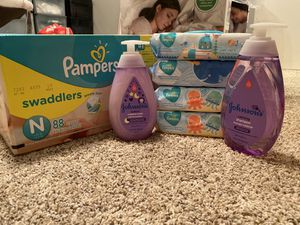Newborn baby bundle for Sale in Sacramento, CA