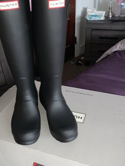 Tall Hunter Rain Boots , Black , Women's Size 6 for Sale in Philadelphia,  PA