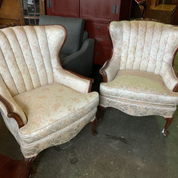 Beautiful Set Of Vintage Wing Back Chairs - Delivery Available for Sale in Tacoma,  WA