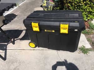 Rolling box Stanley for Sale in Lake Worth, FL