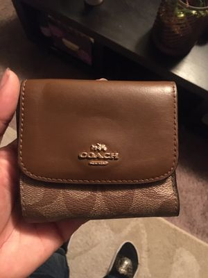 Coach wallet for Sale in Des Moines, IA