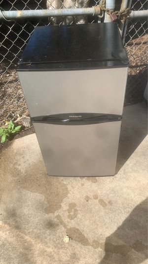 Frigidaire mini fridge and freezer for Sale in Raleigh, NC