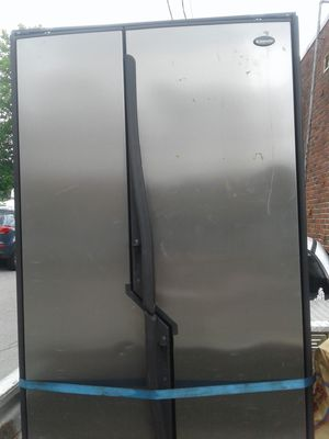 Dometic rv/ outdoor indoor propane and electric 3 way fridge freezer. for Sale in Lowell, MA