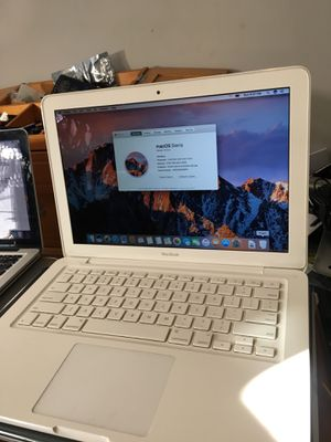 13 inches MacBook 2010 for Sale in Boston, MA