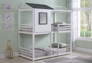 New Belton White House twin bunk bed youth kids for Sale in Miami, FL