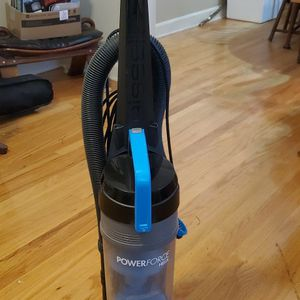 Bissell PowerForce Helix Vacuum Cleaner for Sale in Columbia, SC