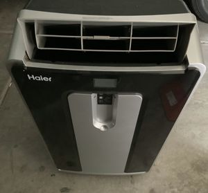 Portable air conditioner and humidifier for Sale in Surprise, AZ