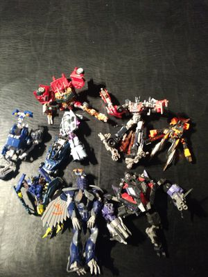Broken Transformers action figure lot for sale. transformers from transformers prime ,the transformer movies and from other for Sale in Peoria, AZ