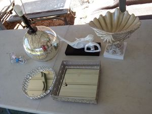 5 piece Home decoration for Sale in Fort Meade, FL
