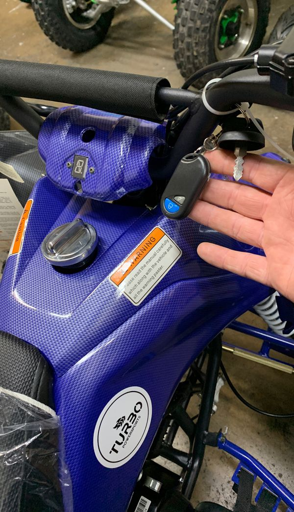 FALCON 125cc AUTO ATV w/ REVERSE MDL-125A43 BLUE CARBON KEY FOB