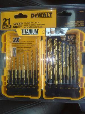 21 pc dewalt drill bit set for Sale in Everett, WA